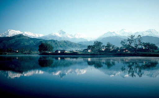 Lac Phewa et le Temple Tal Birahi