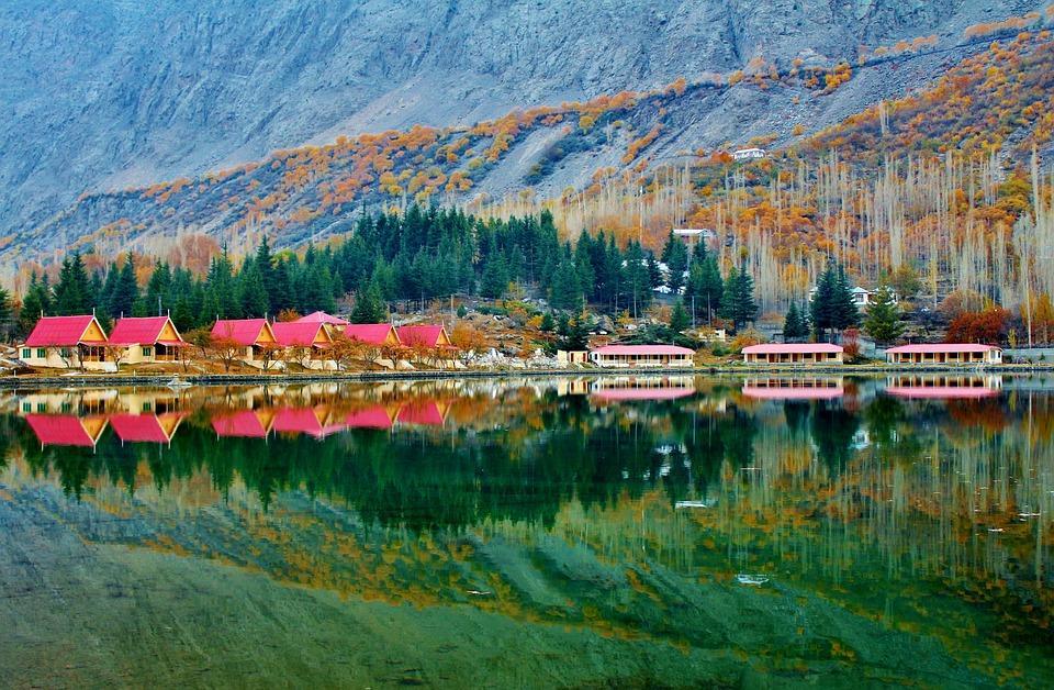 Les lacs les plus étonnants du monde