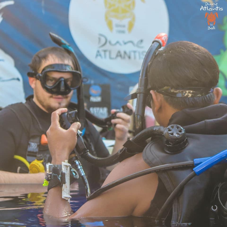 Bapteme Plongée Bali: quel matériel pour plonger?